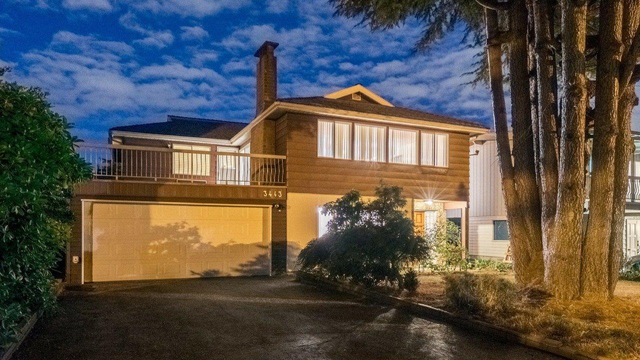3443 E 51st Avenue Home for sale