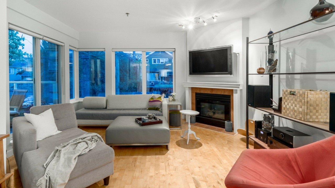 Kitsilano Realtor Leo Wilk Lists a 2 Bedroom