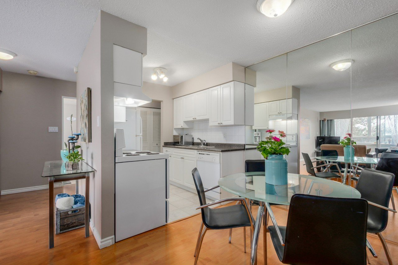 203 -  #203 - 250 W 1ST STREET Lower Lonsdale, North Vancouver (R2055689)
