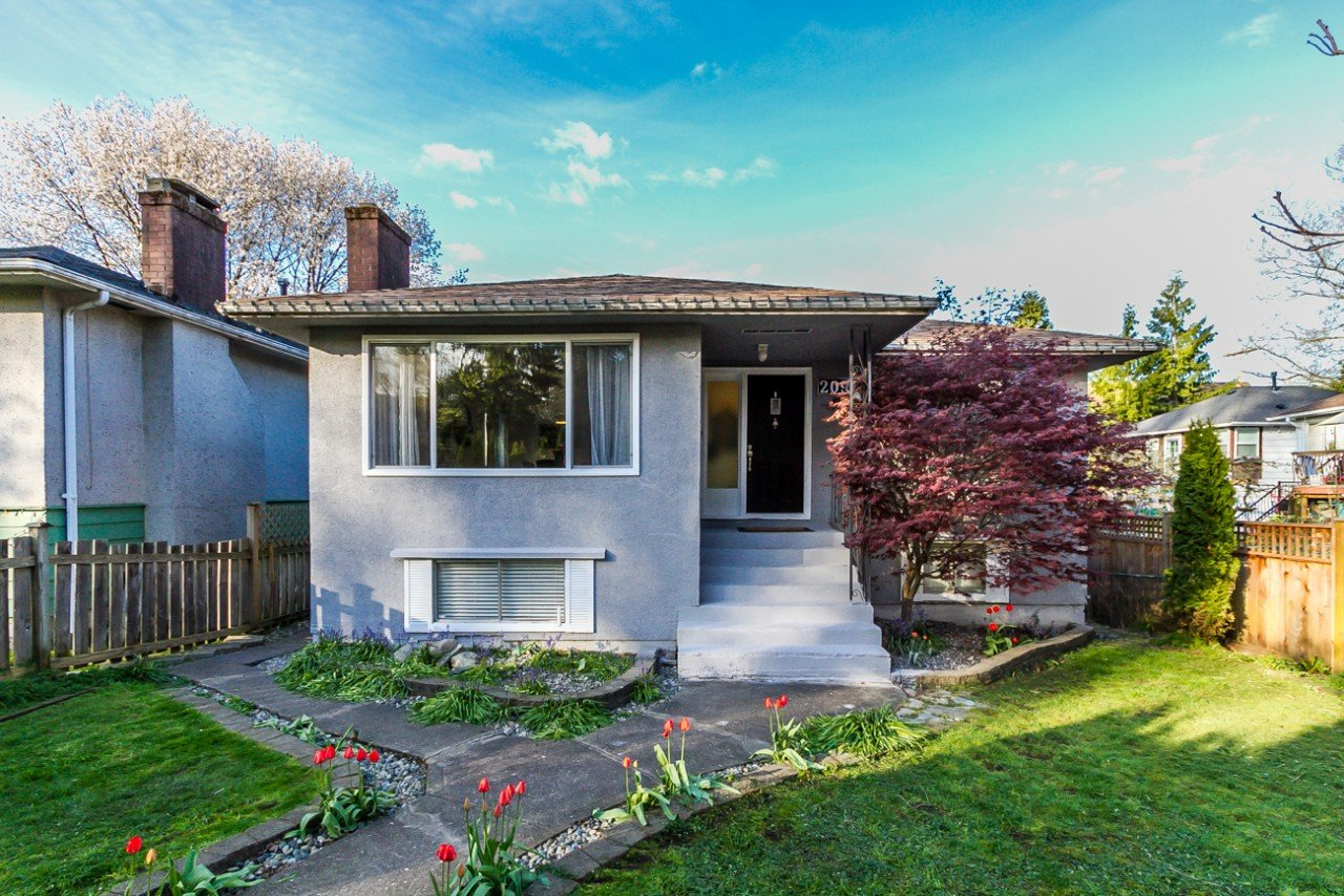 2091 E 20TH AVENUE Grandview VE, Vancouver (R2058790)