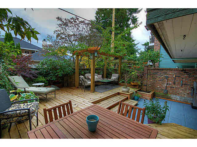 115 3875 W 4TH AVENUE Point Grey, Vancouver (V1097700)