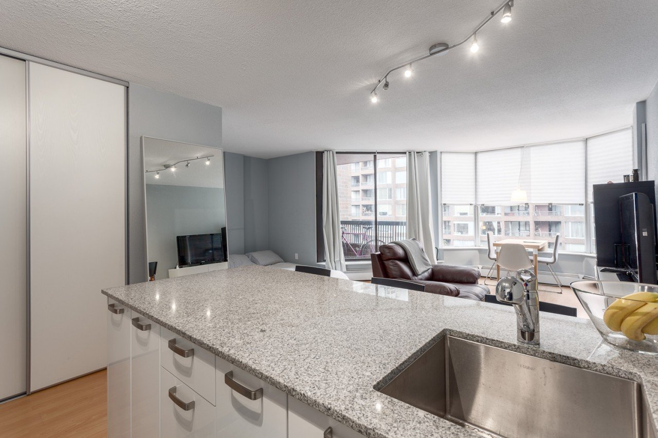 #513 – 1330 BURRARD STREET, DOWNTOWN (R2219885)