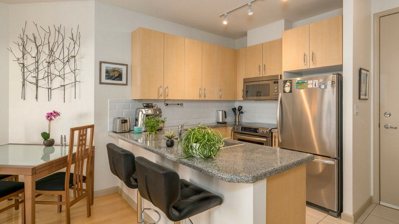 Vancouver Realtor Presents Mayfair Place
