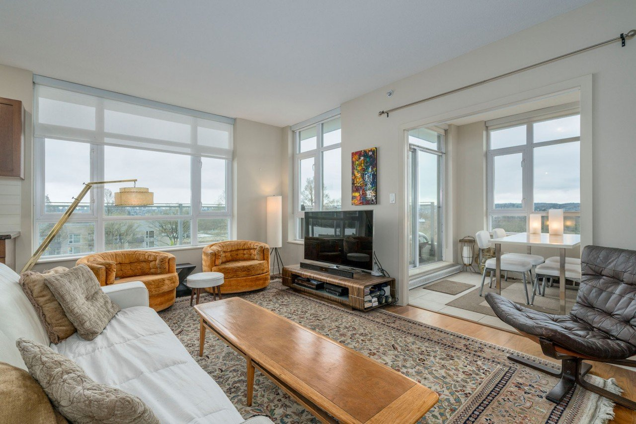 PH 714 – 2268 West Broadway, Kitsilano (R2254955)