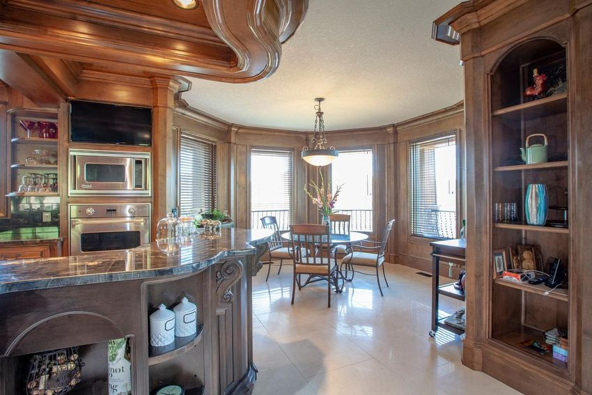 Read more on Would You Like to Own a $1.7 Million Mansion for $25?